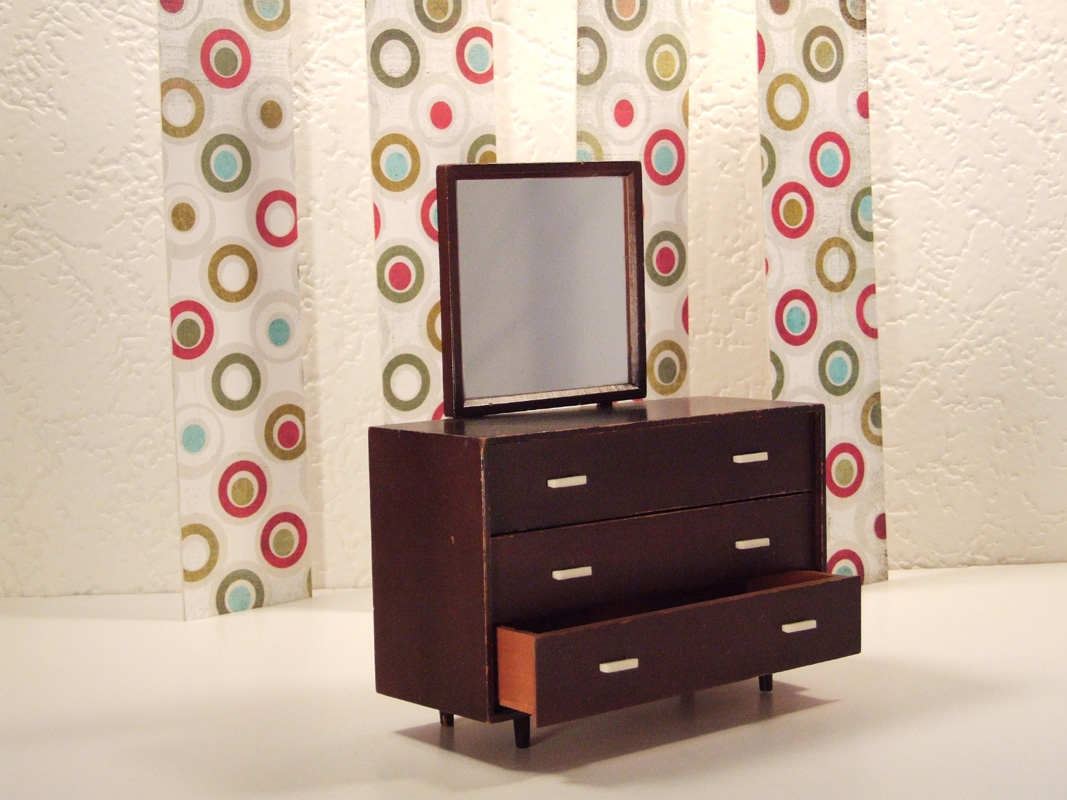 Mattel Modern Furniture – Reprint of an article favorite