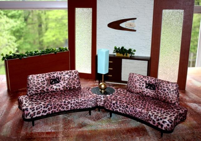 free standing bedroom furniture