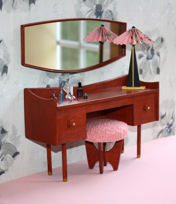 vanity1.JPG